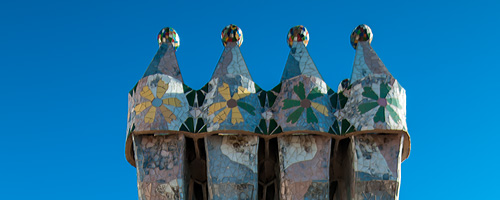 Sightseeing Barcelona, Casa Batllo: The roof of the Casa Batllo has some interesting shapes.