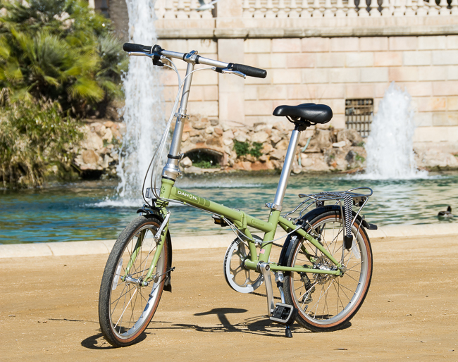 One of our Dahon bikes just waiting for you to ride off into the city.